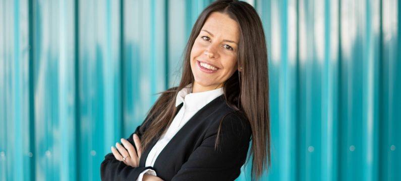 Kiwi.com promotes Eliška Dočkalová to Director of Customer Experience