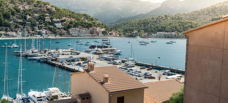 Mediterranean islands kiwi.com travel trend